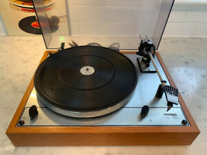 Vintage Thorens TD 166 Turntable - In Exceptional+ Condition