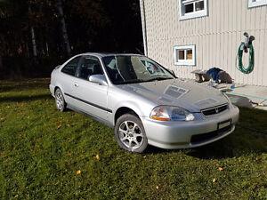 1995 Honda Civic Coupe (2 door)