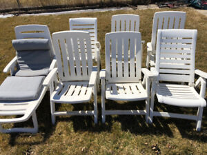 beautiful outdoor chairs
