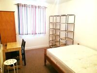 Large Double room to let in East India E14