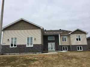 Beautiful Home For Sale in South Porcupine