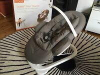 Stokke Steps Baby Bouncer + Highchair infant seat attachment