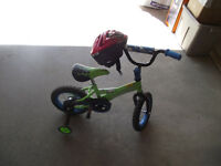 Toddler Boys Bike with Training Wheels & Helmet - Green