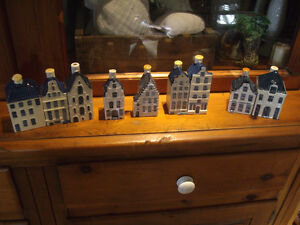 COLLECTION DELFT PORCELAIN MINIATURE HOUSES OF AMSTERDAM