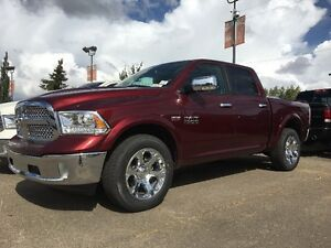 2017 RAM 1500 LARAMIE CREW CAB IN RED PEARL !! 17R11405