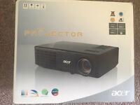 Acer X110p projector