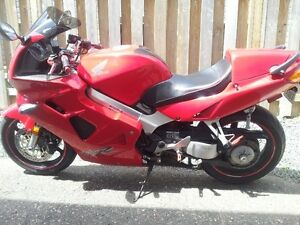 99 HONDA VFR 800 Just tuned up again for this year & RIDING GEAR