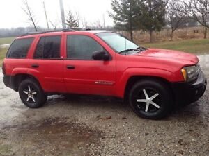 2002 Chevrolet Trailblazer LS 4x4 suv Daily Driver $1000 firm