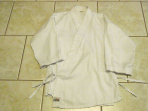 Kids - Kung-Fu or Karate Martial Arts Uniform Sarnia Sarnia Area image 1
