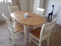 Extendable Oak Top Table and Chairs