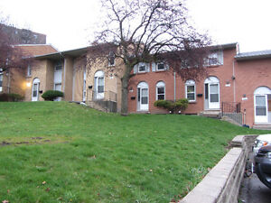 Springbank 2-Bedroom townhome available June 1, 2016 (flexible)