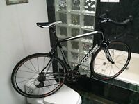 SPOTLESS (SIZE 58cm) CANNONDALE SYNAPSE ROAD BIKE - SHIMANO 105