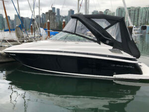 Beautiful 2015 Regal 28 Express
