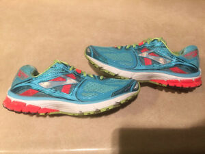 Women's Brooks Ravenna 5 DNA Running Shoes Size 9 London Ontario image 4