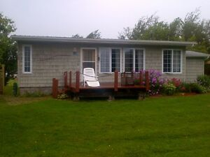 Beautiful Year Round Cottage for Rent - Cassie Cape