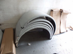 """80"""" STAINLESS SINGLE AXLE FENDERS AND 132"""" TANDEM FENDERS"""