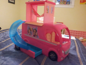 Barbie Pop up camper - Enfield