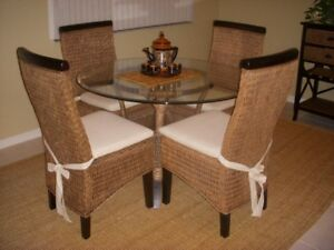 Dining Room Set Beautiful Rattan w/ Glass Top & Matching Server