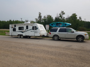 RV and tow vehicle