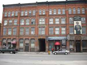 1000 sq ft for storage or retail sale London Ontario image 8