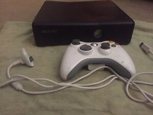 Xbox 360 with wireless/ rechargeable controller