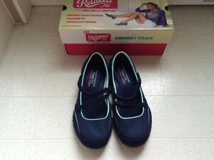 Relaxed Fit from Skechers Shoes with memory foam for women