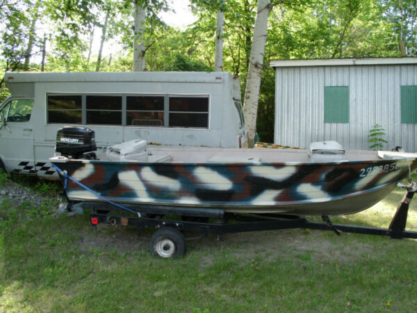 Used 2005 Starcraft 14.5 BASS BOAT