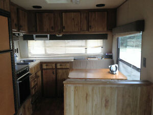 30' bumper pull camper trailer - motivated to sell
