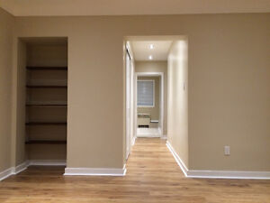 Renovated Two Bedroom Apartment St Laurent Shopping Centre