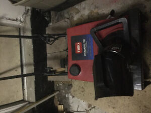 Toro Powerlite Snowblower