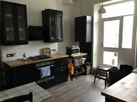 1 double room to rent in a maissonaite