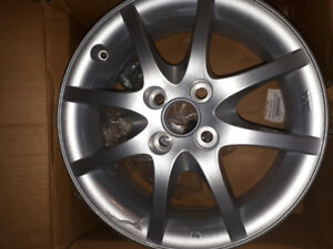 BNIB TRD ALUMINUM RIMS : SET OF 4