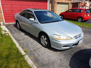 2002 Honda Accord EX-R Coupe (2 door) LEATHER!! A.C.!!!