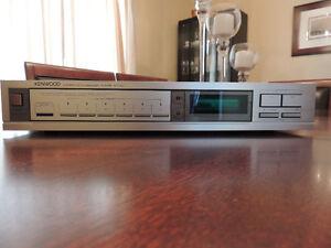 Kenwood KT-42 Digital AM/FM Quartz PLL Tuner with 12 Presets