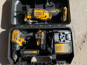 Dewalt 20v  oscillating tool barely used. DCS355B