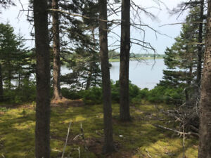 BEAUTIFUL WATERFRONT LOT PRINCE EDWARD ISLAND AT A GREAT PRICE