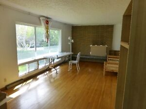 Near UofC train station room for rent