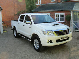 2013 TOYOTA HI-LUX 3.0D-4D INVINCIBLE AUTO PICK UP - SAT NAV - FSH - NO VAT