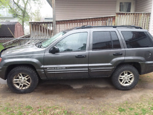 Selling 2004 Jeep Grand Cherokee SE 4cylinder
