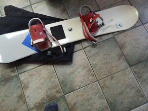SNOWBOARD WITH BINDINGS AND BOOTS Kitchener / Waterloo Kitchener Area image 3