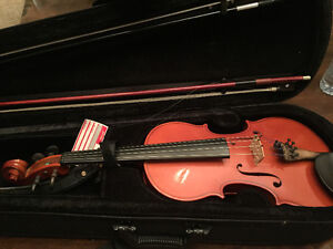 European violin with case and carbon bow Peterborough Peterborough Area image 1