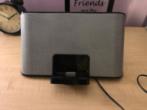 Plug in, mobile speaker - Minimal Use - Great condition!