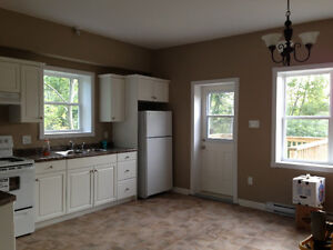 Pet Friendly 4 bed / 4 Bath 2 mins to Armdale Rotary
