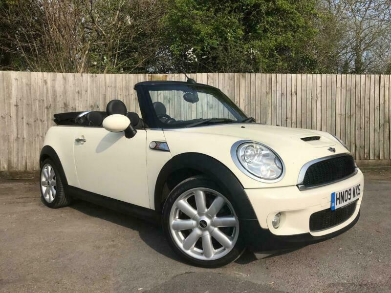 Mini Cabriolet Cooper S White Manual Petrol 2009 In Somerset
