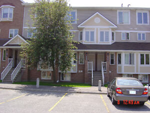 2 Bdrm/ 1.5 Bth condo 6068 Red Willow (Orleans) $1300/mth