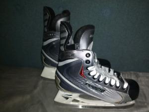 Bauer skates sizes Y8R, Y11D, Y12R, 3.5EE, 4D, 7.5EE, 11EE