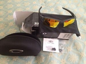 Oakley Flak 2.0 Complete Polarized Brand New OO9188-10