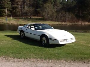 1984 Corvette C4 Peterborough Peterborough Area image 1
