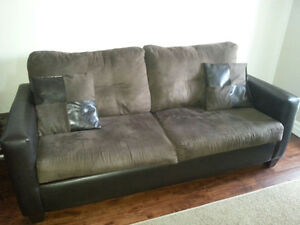 Bonded leather plush couch in great condition Kitchener / Waterloo Kitchener Area image 3