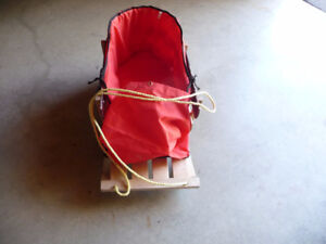 INFANT SLIEGH with liner
